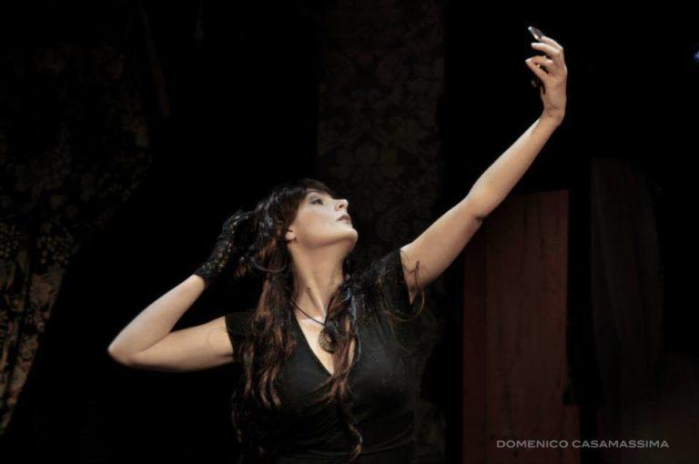 attrice-teatro-roma-commedia-cristiana-mecozzi